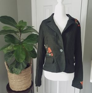 Jackets & Blazers - Green Artsy Blazer With Floral Embroidery